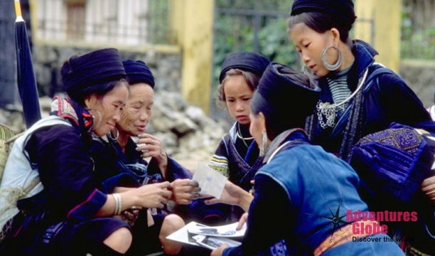 black-hmong-people