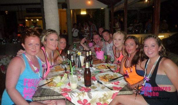 full-moon-party-koh-phangan-diner